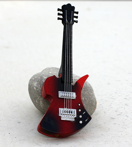 Red Guitar Lighter front Coin Guitar Pick, Coin Guitar Picks