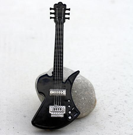 Black Guitar Lighter Front Coin Guitar Pick, Coin Guitar Picks